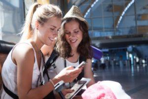 Facebook広告の旅行中の人ターゲティング
